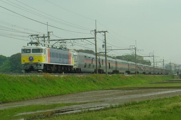 EF81 99牽引の寝台特急「カシオペア」号