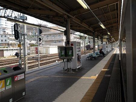 甲府駅身延線6番線ホーム