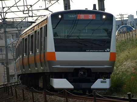 E233系中央線(浅川)