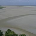 Photos: 2009.7.28~8.2フランス・モンサンミッシェルから見た引き潮の砂浜