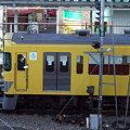 写真: 西武鉄道2000系(西武池袋線保谷駅)