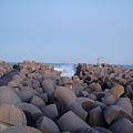 Photos: 明るいNOKTONで日没後の波