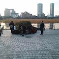 Photos: 上野不忍池で唄ってた方々、...
