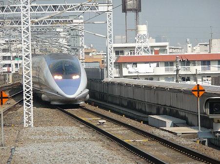 100224-新幹線 新横500下り 到着 (5)