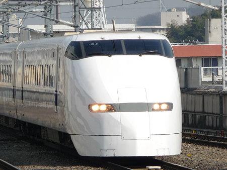 100224-新幹線 新横300