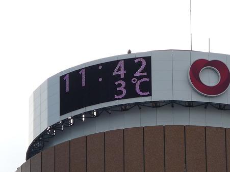 101225-大阪駅 (4)