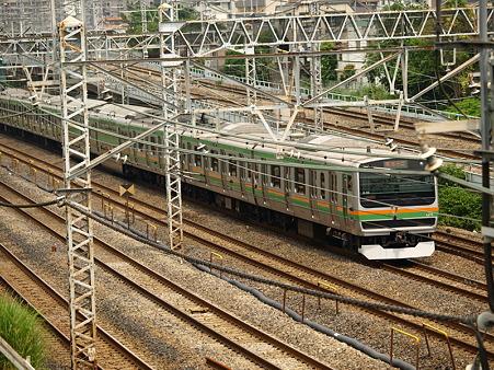 E231系東海道本線(東神奈川)