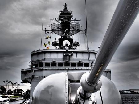 76ミリ速射砲と艦橋3