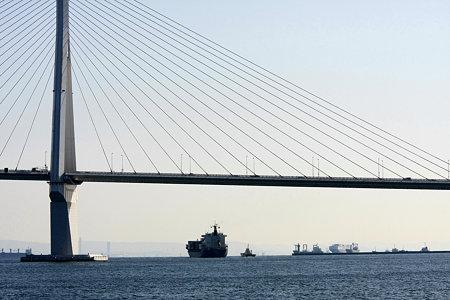 2010.01.10 鶴見川 末広水際線プロムナードから鶴見つばさ橋