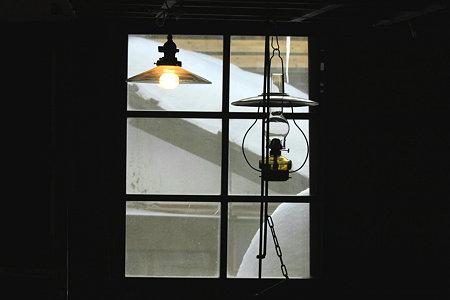 2010.01.16 鶴の湯 ランプ