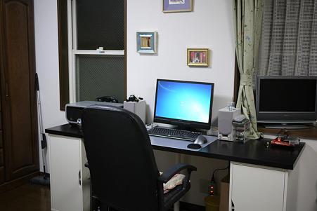 2010.03.09 作業机完成