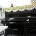 Photos: 帯のリメイクバッグのレッスン室は、ピアノのお部屋です。