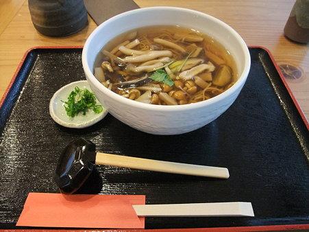 蕎麦:道の駅・十津川郷 きのこそば