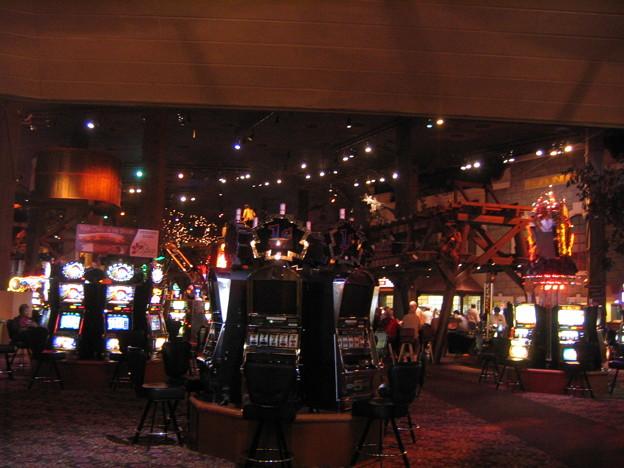 IMG_5049 Casino Floor Buffalo Bill  11-16-09 1314