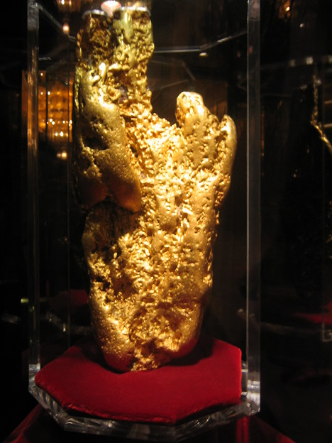Golden Nugget - The Hand of Faith